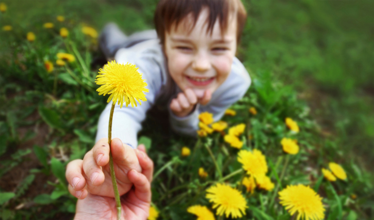 Is Mindfulness Meditation Good For Kids >> Encouraging Kindness in Kids | Practice | Greater Good in Action